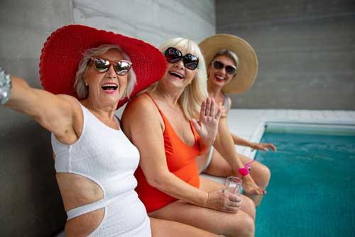 mature ladies swimming