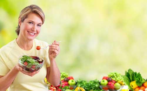 woman eating fiber
